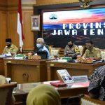 Ganjar Pranowo memimpin rapat pembentukan 6 Satkorwil