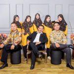 Rindiansyah Elnofiansyah,SH,M.Kn, Candidat Doktor bersama stafnya