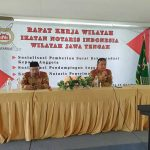 Waka Organisasi, Eko Budi Prasetyo,SH didampingi Kabid Organisasi, Didik Ariyanto,SH,M.Kn berikan Sosialisasi Rekomendasi kepada Anggota