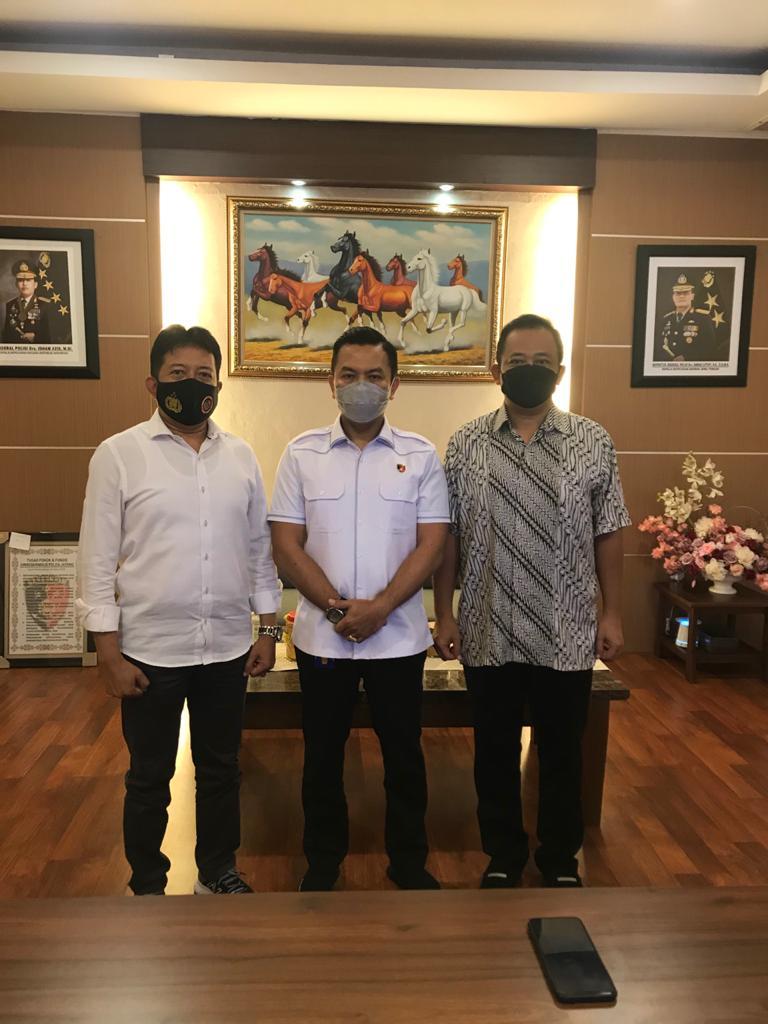 Ketua Pengwil Jawa Tengah INI, Widhi Handoko saat rapat dengan Dirkrimsus Polda Jateng