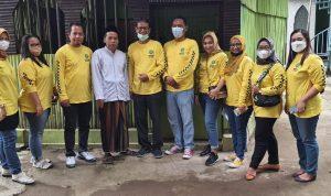Foto Bersama Pengda IPPAT Kabupaten Tegal di sela-sela acara bhaksos di Yayasan Tarbiyatul Yatama Wal dhuafa di desa Kesuben Kecamatan Lebaksiu, Kabupaten Tegal