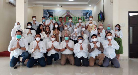 Keluarga Besar Pengda Kabupaten Sukoharjo Ikatan Notaris Indonesia dalam acara Halal Bihalal dan Silarurahim pada Sabtu, (22/5/2021) lalu