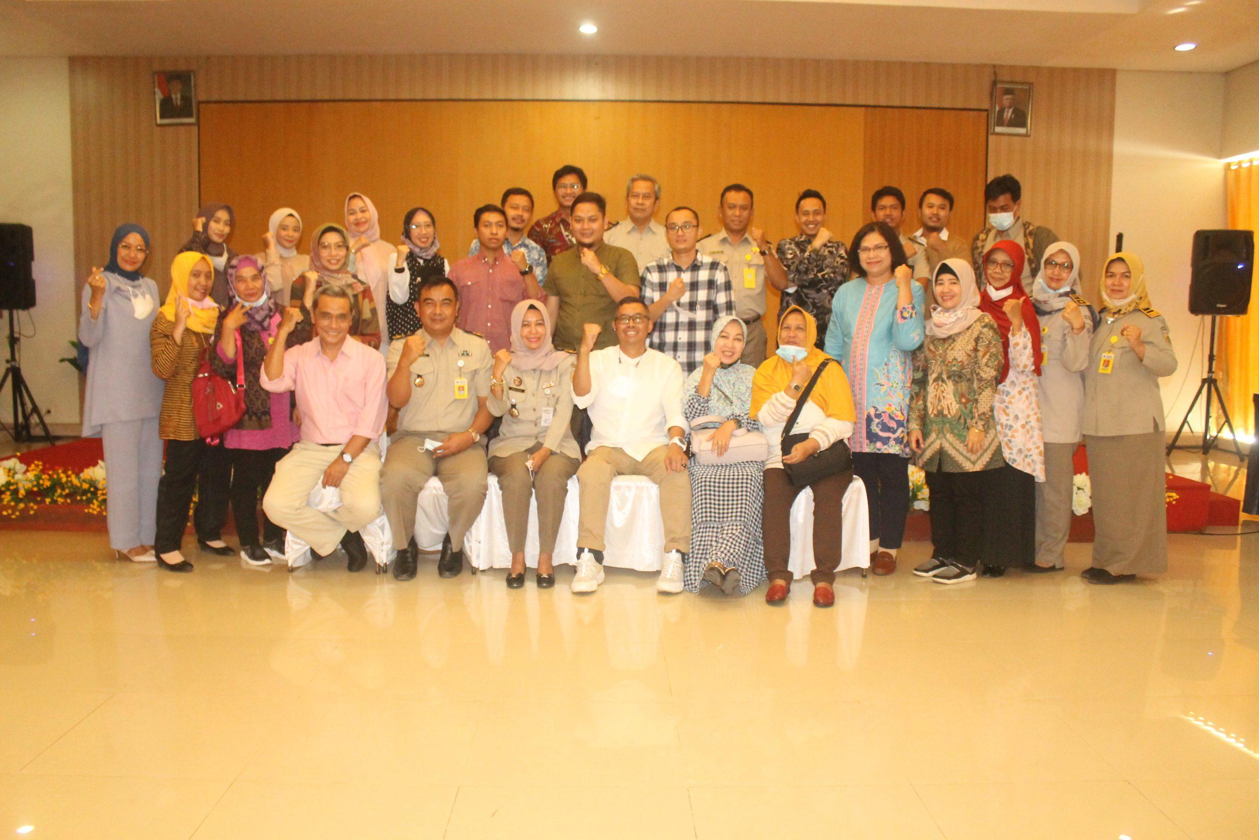 Keluarga Besar Pengda INI - IPPAT Kabupaten Pemalang Foto Bersama Jajaran Kantor ATR/BPN Pemalang, Bapenda Pemalang dan KPP Pratama di acara Halal Bihalal di hotel Regina pada Selasa (8/6/2021) lalu