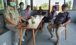 Indra Iswara,SH,M.Kn Berbagi Ilmu Dalam Acara Bincang-Bincang Santai Bersama Teman-teman Notaris-PPAT Kabupaten Karanganyar Pada Kamis (29/7/2021) lalu
