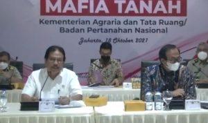 Menteri Agraria dan Tata Ruang/Badan pertanahan Nasional (ATR/BPN), Sofyan A.Djalil memberikan keterangan persnya secara daring di Jakarta senin (18/10/2021) terkait Kementerian ATR/BPN yang siapberantas praktik Mafia Tanah di Indonesia