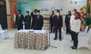 Pengangkatan Sumpah Maelis Pembina dan Pengawas PPAT Daerah (MPPPD) Kabupaten Magelang Rabu (13/10/2021) serentak secara daring oleh Kakanwil BPN Provinsi Jawa Tengah, Dwi Purnama,SH,M.Kn